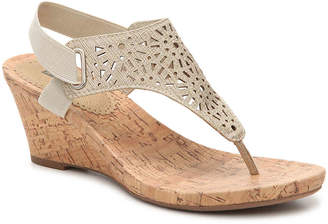 White Mountain Alise Wedge Sandal - Women's