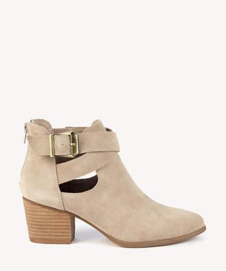 Sole Society Women's Azure Cut Out Bootie Caramel Size 5 Suede From