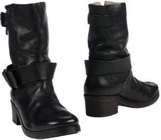 Elisanero Ankle boots - Item 11420369JB