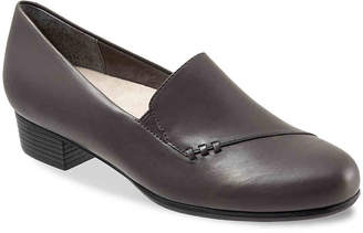 Trotters Moment Loafer - Women's
