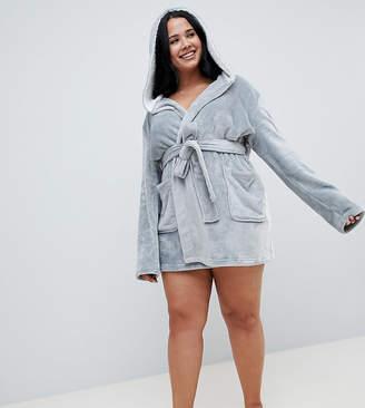 Asos DESIGN Curve super soft fleece mini robe with contrast lining