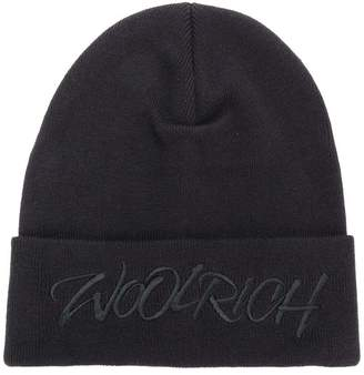 Woolrich logo embroidered knitted hat