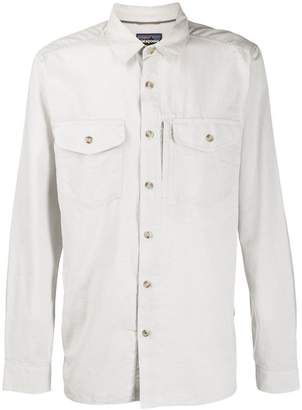 Patagonia chest pockets shirt