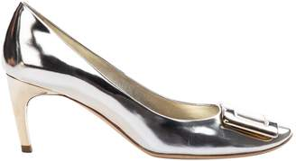 Roger Vivier Gold Patent leather Heels