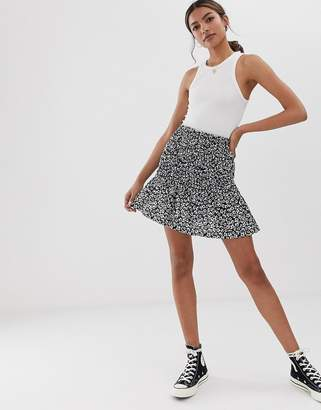 Asos Design DESIGN shirred bask mini skirt in mono floral print