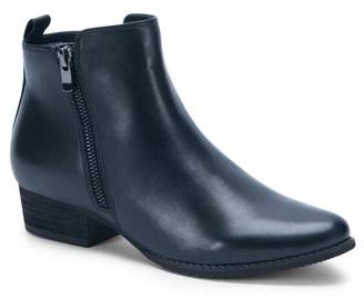 Blondo Lila Waterproof Ankle Bootie