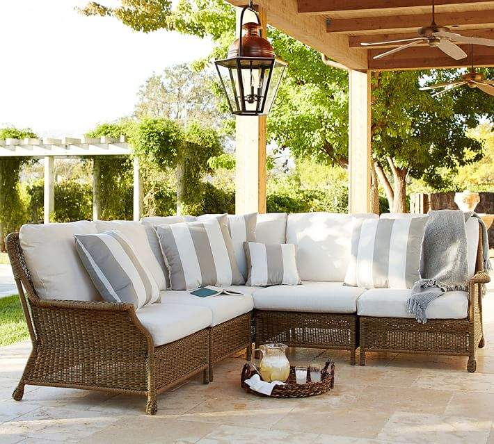 Sectional Corner Chair & Cushion