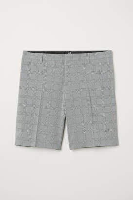 H&M Slim Fit City Shorts - Black
