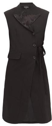 Ann Demeulemeester Floral Jacquard Sleeveless Blazer - Womens - Black