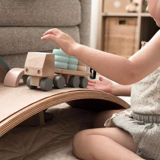 Keepsake Ibby&Me Wooden Truck With Round Stacking Blocks