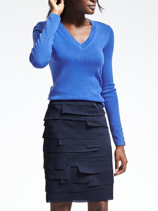 Banana Republic Extra-Fine Merino Wool Vee Pullover