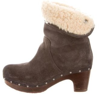 UGG Australia Suede Lynnea Ankle Boots $85 thestylecure.com