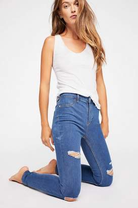 Destroyed Long And Lean Jegging