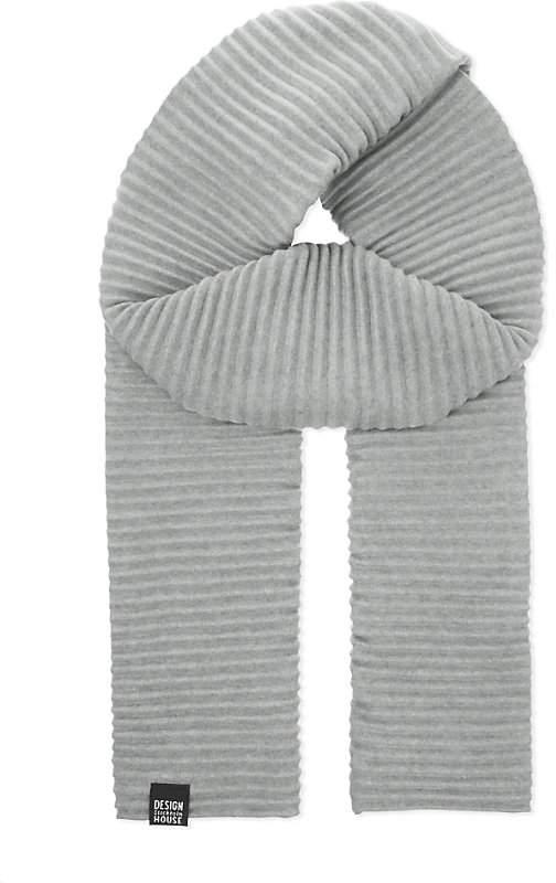 Design House Stockholm Pleece pleated scarf
