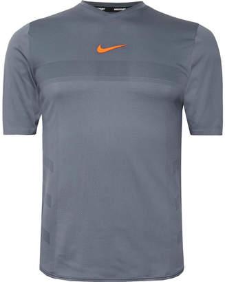 Nike Tennis - NikeCourt Rafa AeroReact Tennis T-Shirt