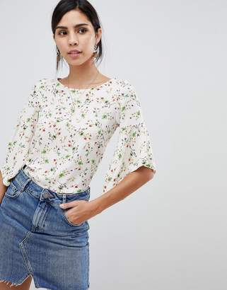 Oh My Love Printed Tie Back Frill Crop Top