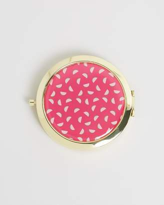 Review Melon Pop Compact Mirror
