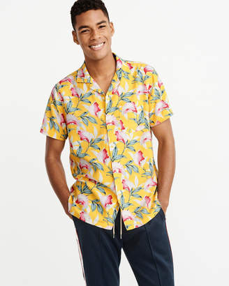 Abercrombie & Fitch Resort Button-Up Shirt