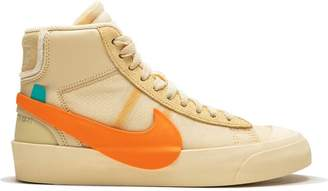 timeless design f0953 f4967 Nike x Off-White The 10 Blazer Mid sneakers