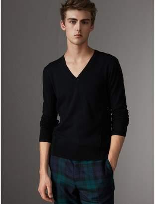 Burberry Check Detail Merino Wool V-neck Sweater