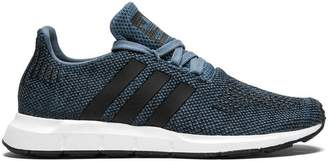 adidas Swift Run J sneakers