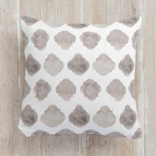 Faded Quatrefoil. Self-Launch Square Pillows