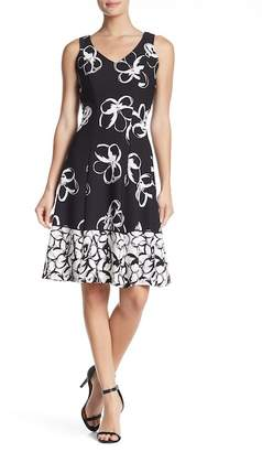 Sandra Darren Printed V-Neck Fit & Flare Dress