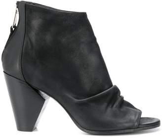 Strategia open toe boots