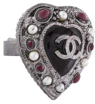Chanel CC Gripoix Heart Ring