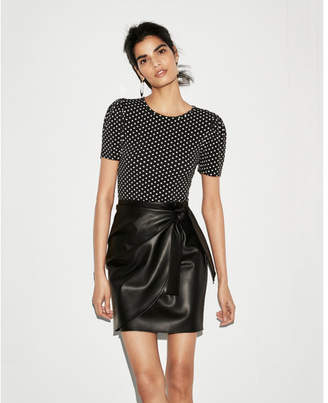 Express printed puffed short sleeve top