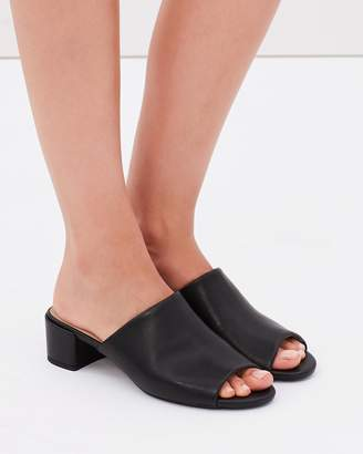 Spurr ICONIC EXCLUSIVE - Azea Mules