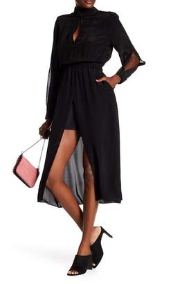 Frame Slit Sleeve Dress