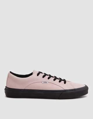 Vans Lampin Sneaker in Chalk Pink