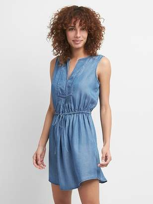 Gap TENCEL Sleeveless Tie-Waist Bib Front Shirtdress