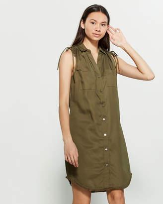 Sharagano Sleeveless Ruched Shoulder Shirtdress