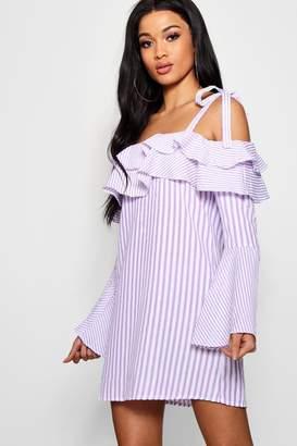 boohoo Striped Flared Sleeve Shift Dress 2281458ac