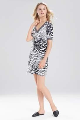 Natori Feathers Essential Zebra Sleepshirt