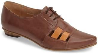 Fidji 'V103' Leather Flat