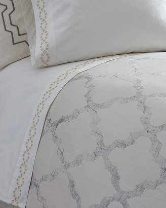 Vera Wang Queen Diamond Eyelet 400 Thread-Count Fitted Sheet