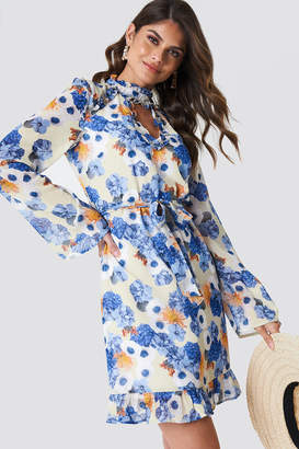 Andrea Hedenstedt X Na Kd Cut Out Midi Frill Dress Blue Flower Print