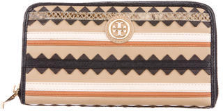 Tory Burch Tory Burch Leather Appliqué Wallet