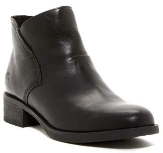Timberland Beck Zip Leather Chelsea Boot