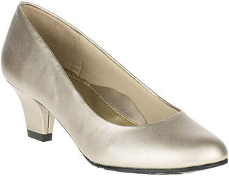 Hush Puppies Soft Style by Gail Leather Pumps