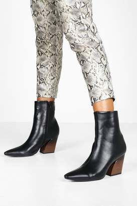 boohoo Flared Heel Pointed Toe Shoe Boots