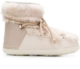 Inari classic ankle length snow boots