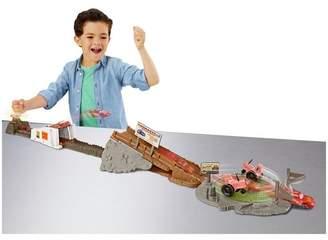 Disney 3 Smokey's Tractor Challenge Playset