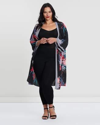 Evans Border Kimono