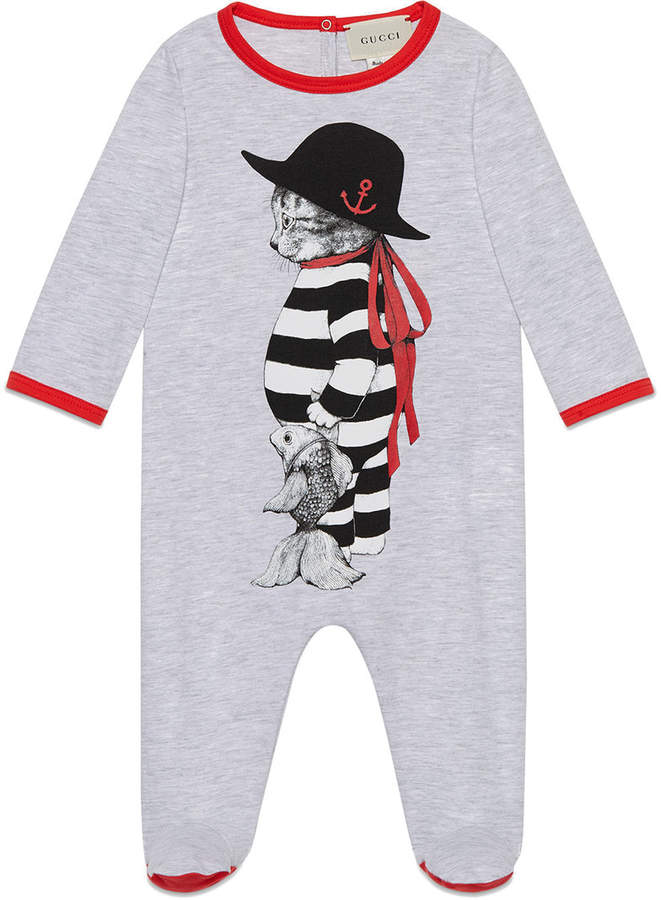 Gucci Kids Baby sleepsuit with sailor cat print