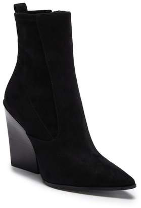 KENDALL + KYLIE Kendall & Kylie Fallyn Pointed Toe Bootie