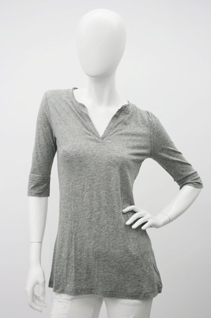 Vince Elbow Sleeve Split Neck Tee in Heather Grey